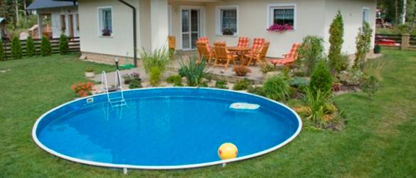 Piscina elevada de acero azuro lagoon pool la web de las for Piscina elevada obra